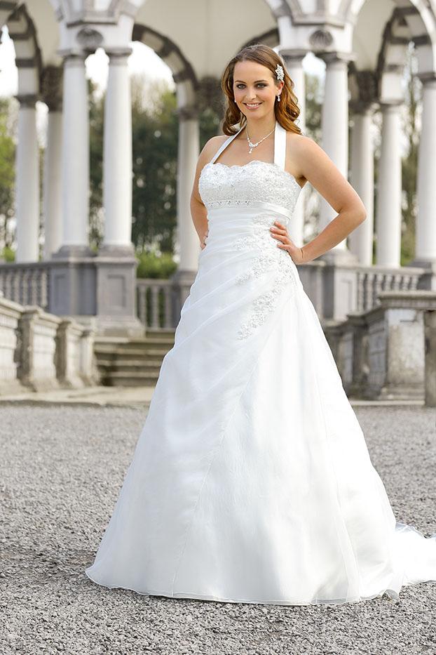 watch 9964c 4ee87 Das schönste Hochzeitskleid auch in Übergröße ...